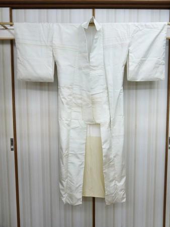 「紬の着物、表地がたるんで直りますか」のご相談。