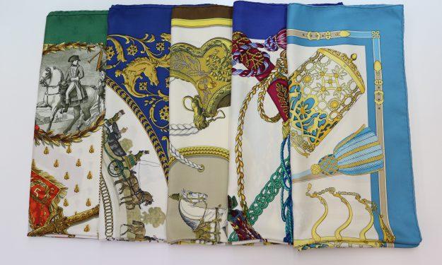 エルメスのスカーフ5枚ともきれいになりましたよ